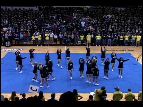 Providence college cheerleaders performance at late night madness