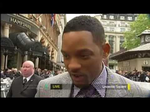 Will smith meets team gb and premiers film - men in black 3 in london (itv1 london coverage)