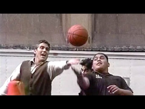 George clooney playing basketball - bts of one fine day